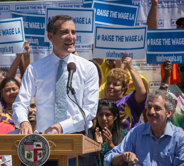 Raise-the_Wage_LA_img_01